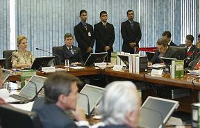 CNJ X Tribunais - Conselho abre novos processos administrativos