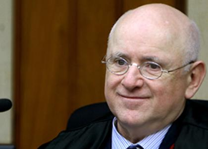 Pargendler é homenageado pelos integrantes da Corte Especial