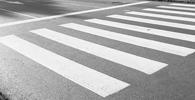 Trabalhadora atropelada quando atravessava fora da faixa não tem direito à indenização