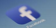 Meme político preconceituoso e xenófobo divulgado no Facebook deve ser excluído