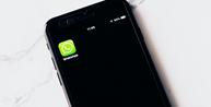 Funcionário que expôs e ofendeu colega em grupo do WhatsApp terá de indenizar