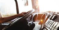 Motoristas de ônibus podem acumular função de cobrador, decide TST