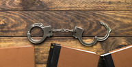 Desembargador aplica lei anticrime e revoga prisão preventiva concedida de ofício por juiz