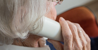 Banco BMG é proibido de fechar consignado com idosos por telefone