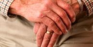 Advogado com 70 anos de idade e 30 de contribuição está isento de anuidade da OAB