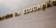 MEC determina retorno de aulas presenciais de universidades Federais em janeiro
