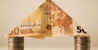Caixa bancária receberá pensão no valor total de salário após incapacitação para trabalho