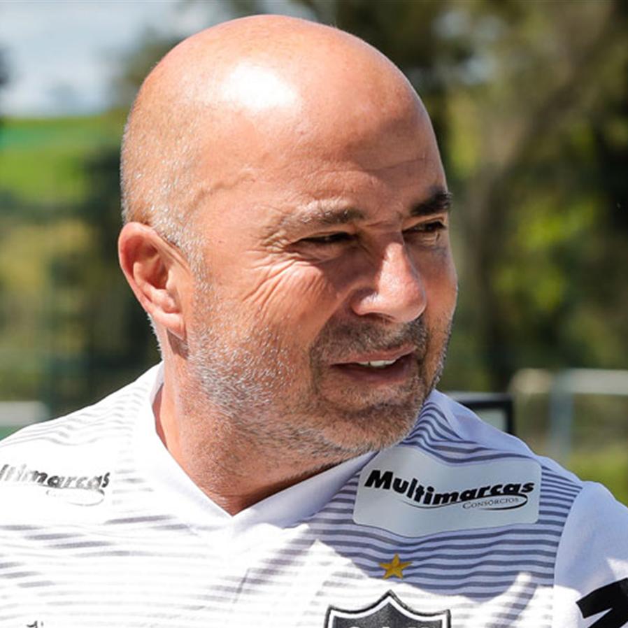 STJD absolve Sampaoli após treinador ir ao estádio mesmo cumprindo suspensão