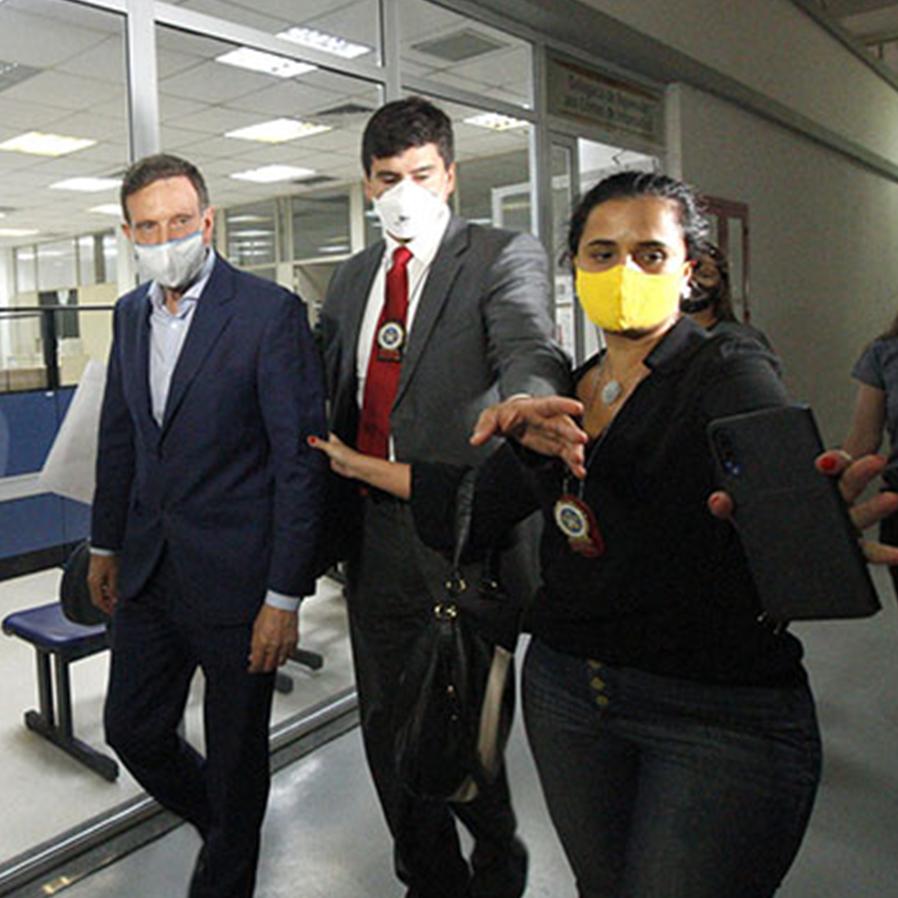 Prefeito do Rio Marcelo Crivella é preso em operação do MP/RJ e Polícia Civil