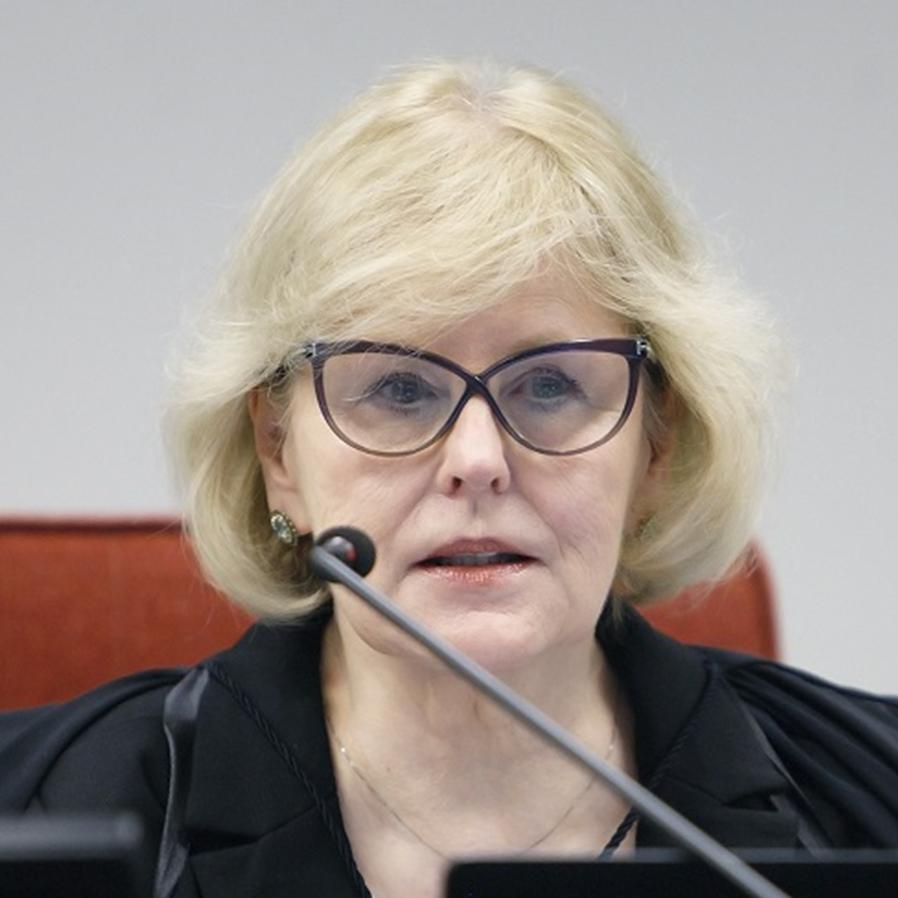 Rosa Weber revoga prisão preventiva de homem condenado ao semiaberto