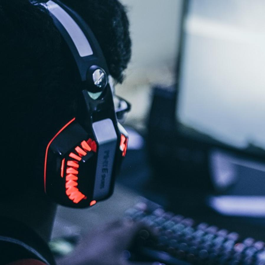 Plataforma de jogos online deve reativar perfil de jogador banido sem explicações