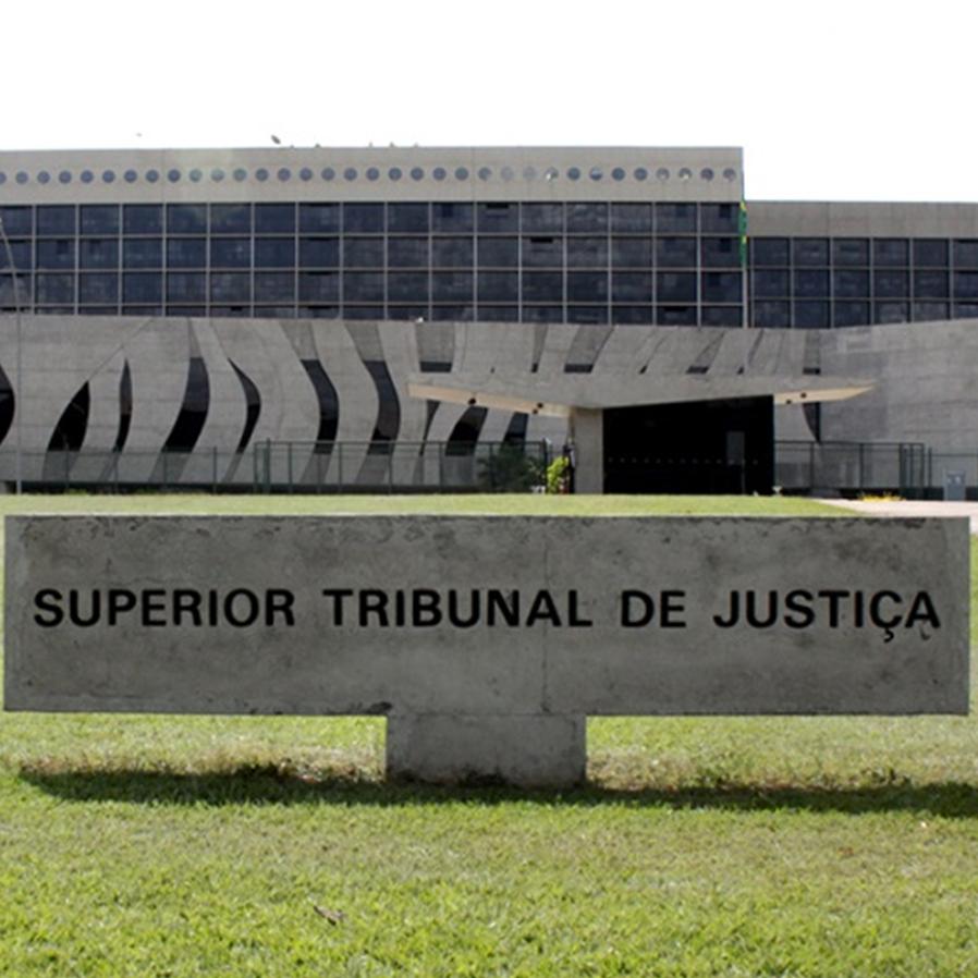 STJ nega prorrogar saída temporária a presos do semiaberto em SP