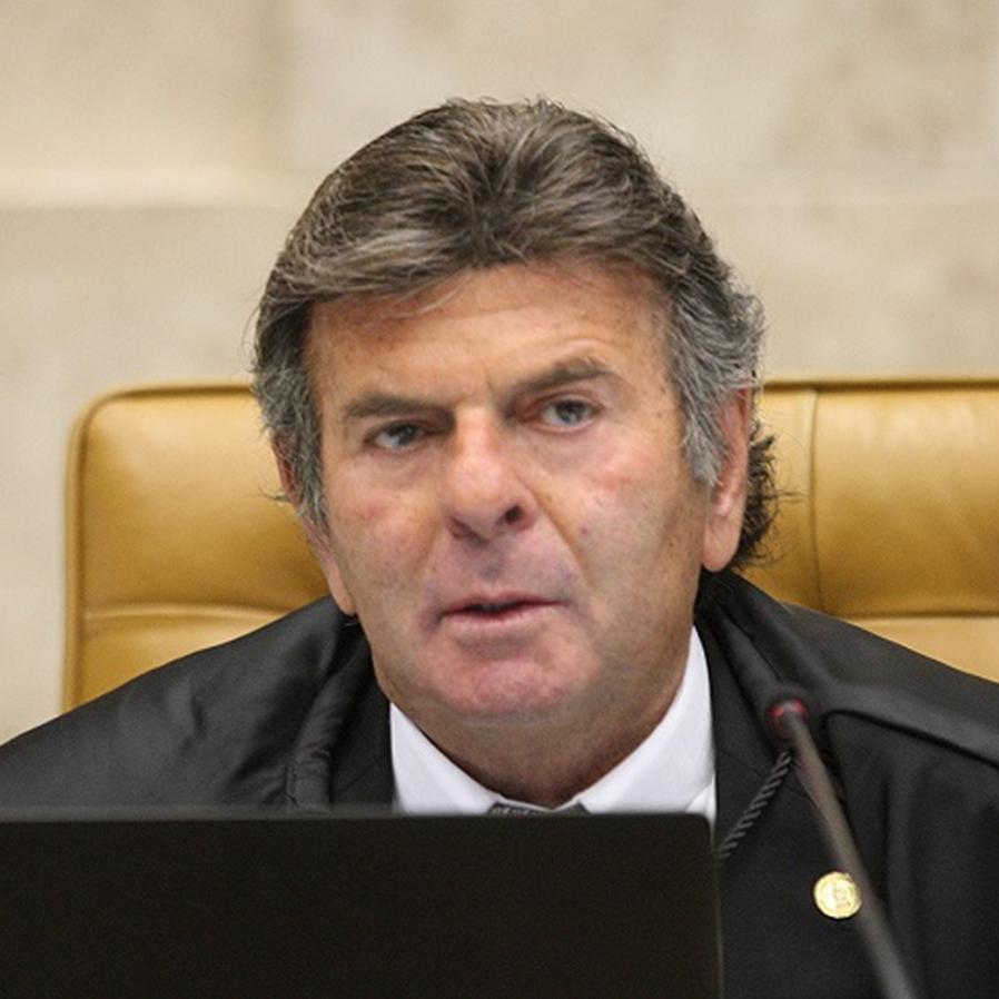 Fux convida ex-auxiliar de Mandetta para chefia de Saúde do Supremo