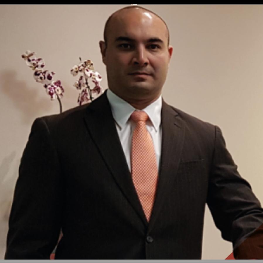 Ronaldo Martins & Advogados recebe cinco premiações internacionais
