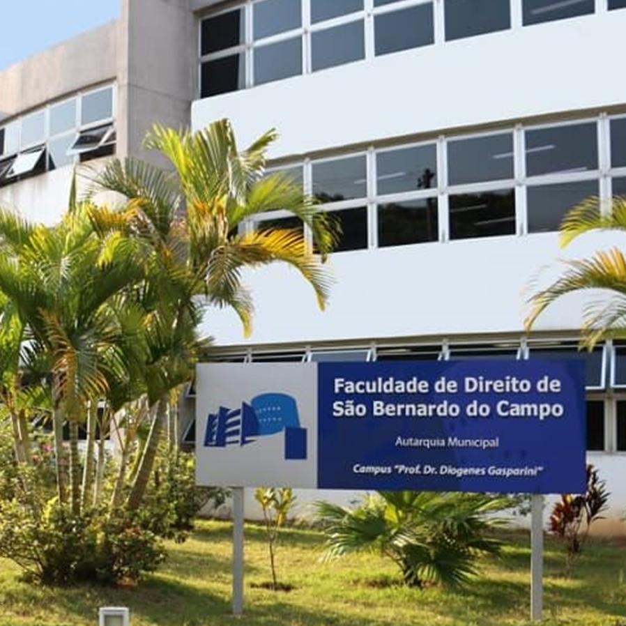 PT aciona STF contra lei que transforma Faculdade de Direito de São Bernardo do Campo em empresa pública