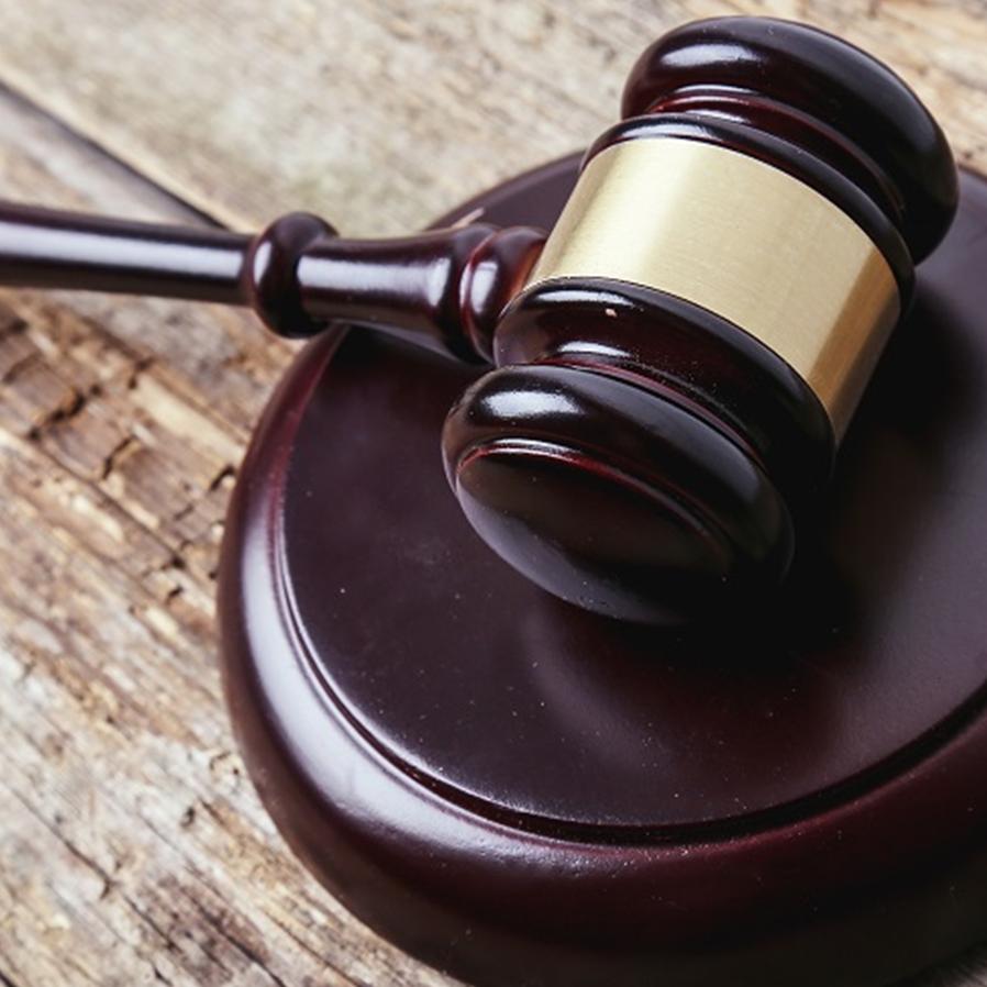 Advogado destituído que não participou de acordo pode pleitear honorários em ação autônoma