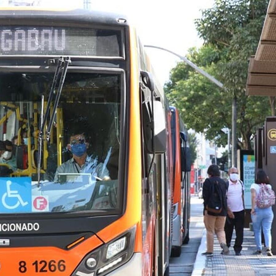 TJ/SP suspende novamente transporte gratuito para idosos a partir de 60 anos