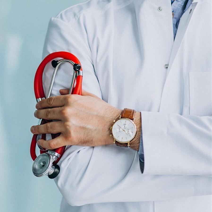 Empregado que mandou médico para prostíbulo simulando consulta tem justa causa confirmada