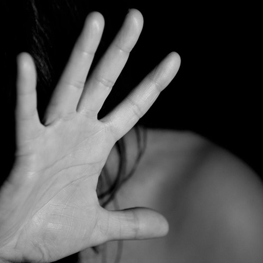 Acusado de tentativa de feminicídio é condenado a 8 anos de prisão