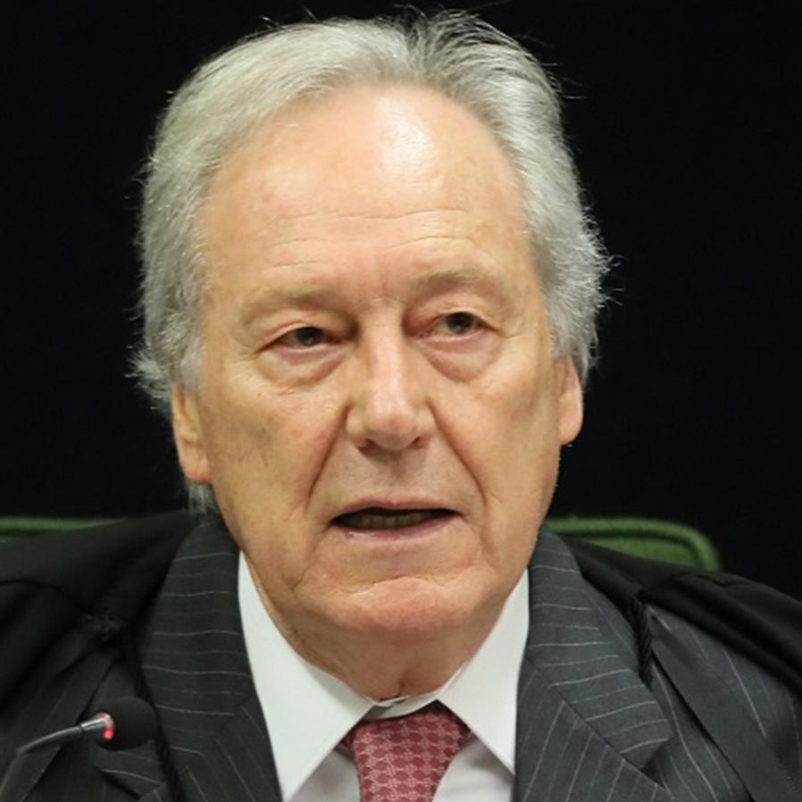 Lewandowski autoriza PF investigar gastos de Pazuello com cloroquina
