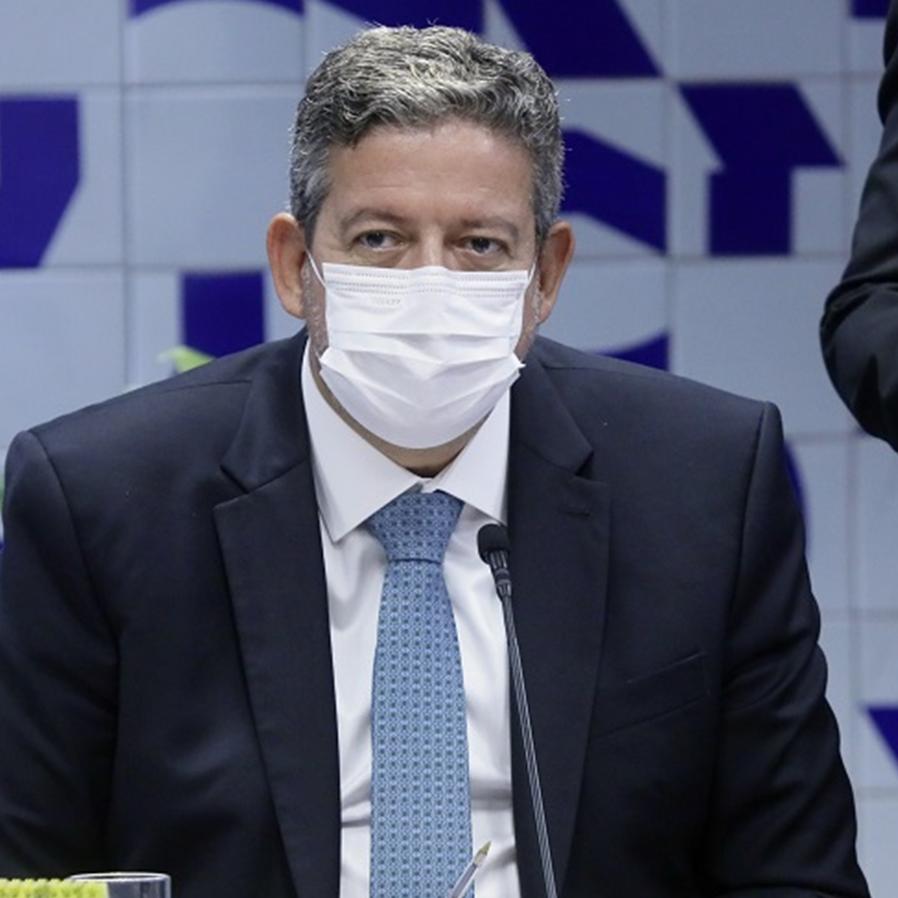 Lira diz que conduzirá caso de Daniel Silveira com serenidade