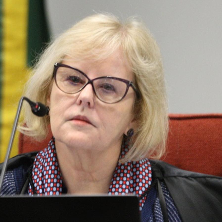Rosa Weber dá 5 dias para Bolsonaro explicar novos decretos de armas