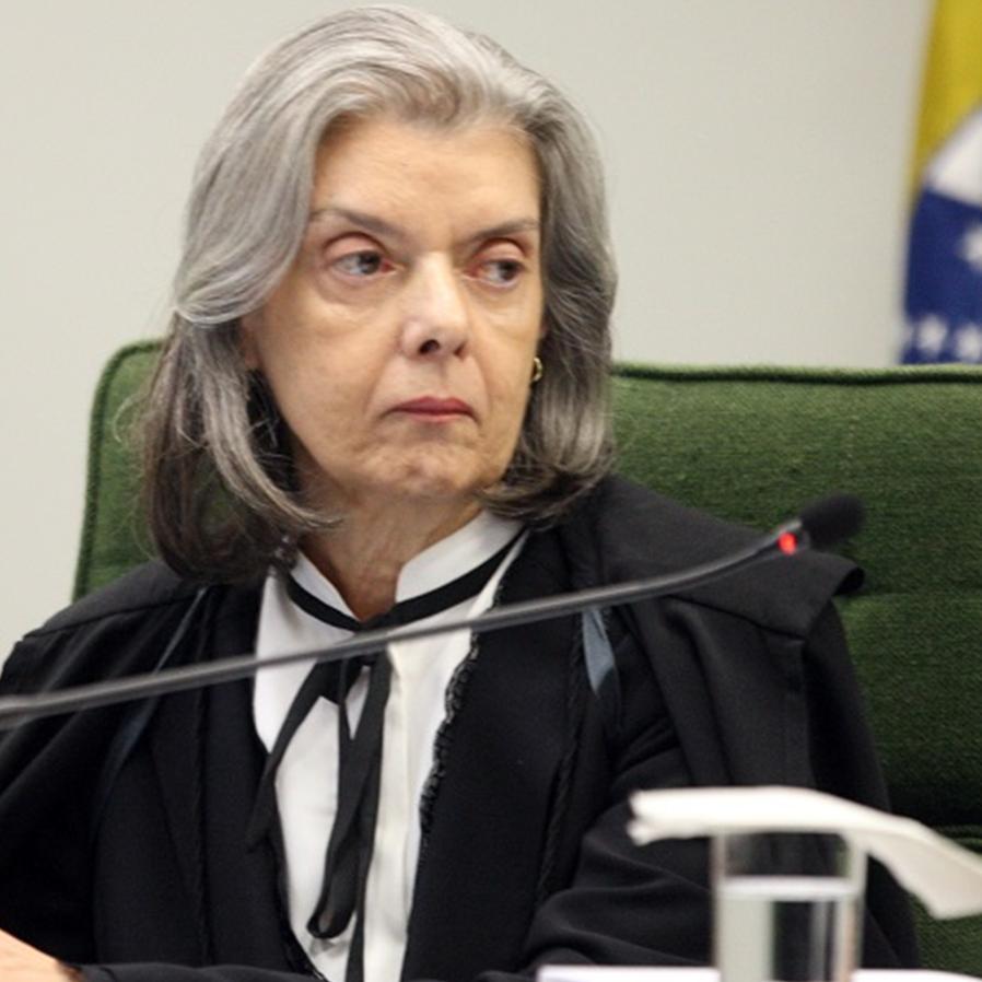 Cármen Lúcia suspende ação civil pública sobre repouso aos domingos