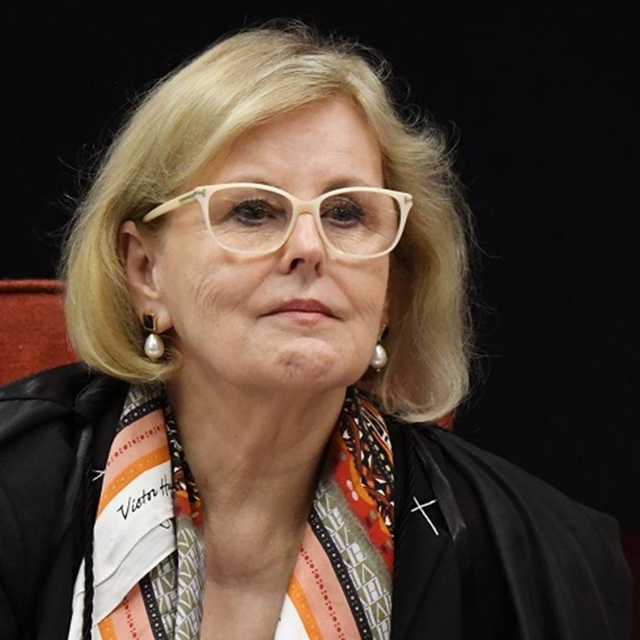 Rosa Weber manda governo reativar leitos de UTI em três Estados