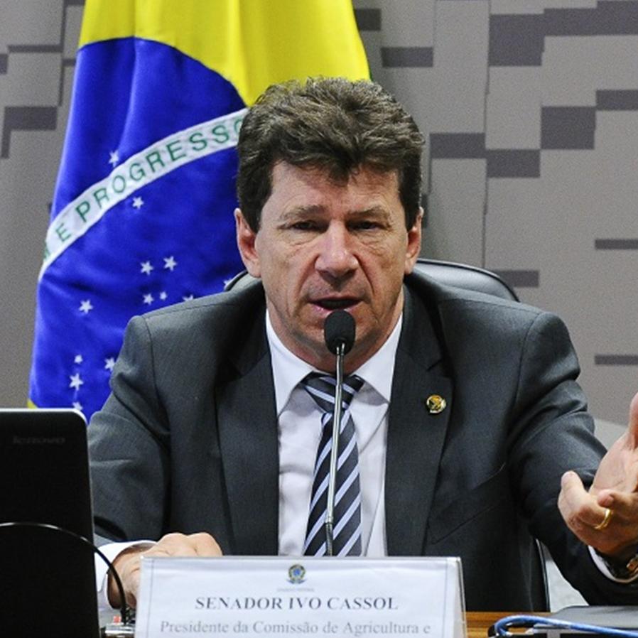 STF reconhece prescrição de ação penal contra Ivo Cassol