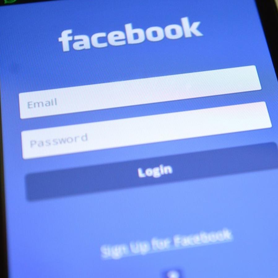 Facebook não terá de fornecer dados de pessoas envolvidas em fake news