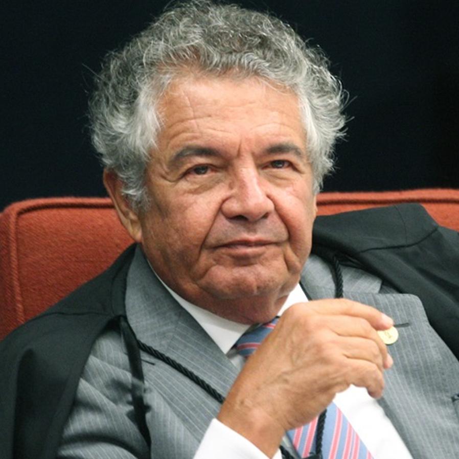 Decano Marco Aurélio marca a aposentadoria do STF para 5 de julho