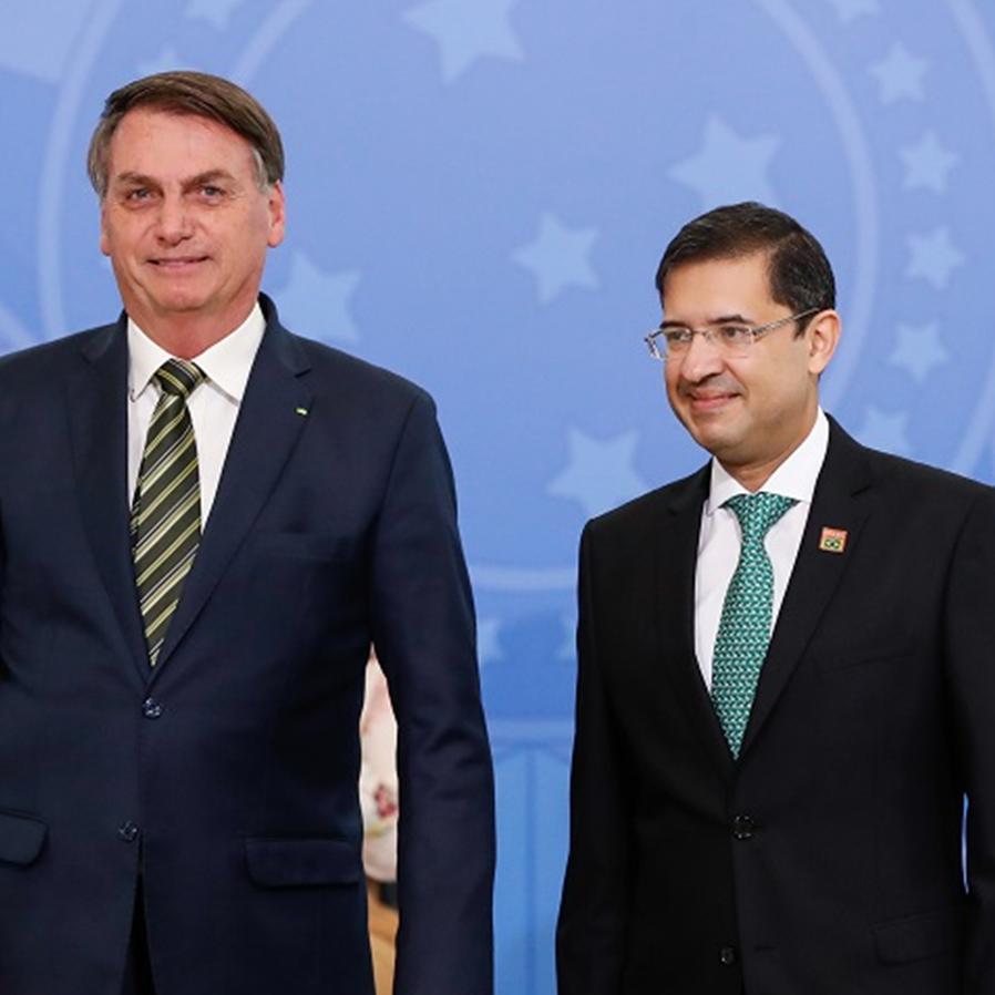Após trocas de Bolsonaro, STF elogia trabalho de José Levi