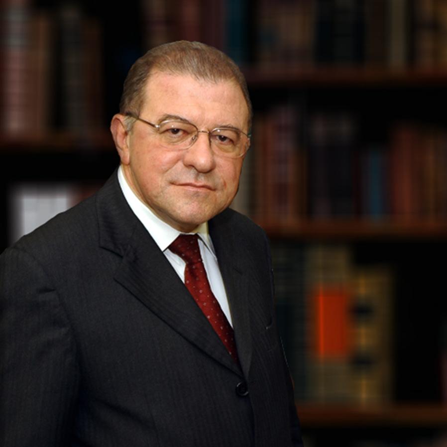 Morre ministro aposentado do STJ Paulo Medina, vítima da covid-19