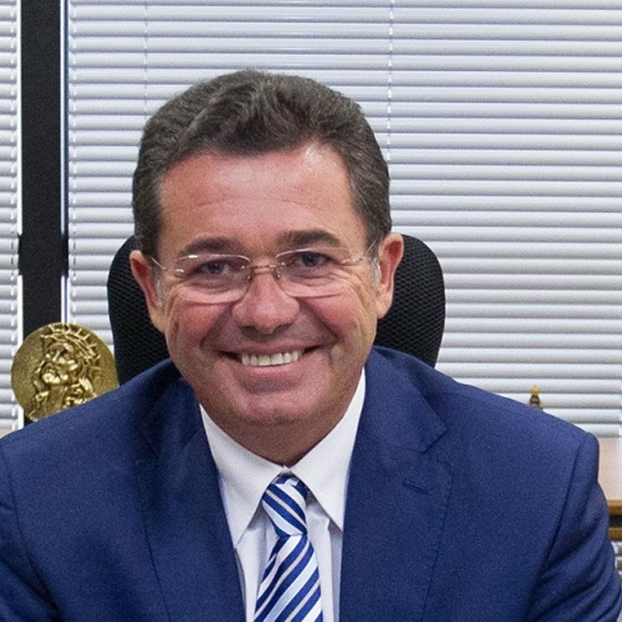 STF tranca ação penal contra ministro do TCU Vital do Rêgo