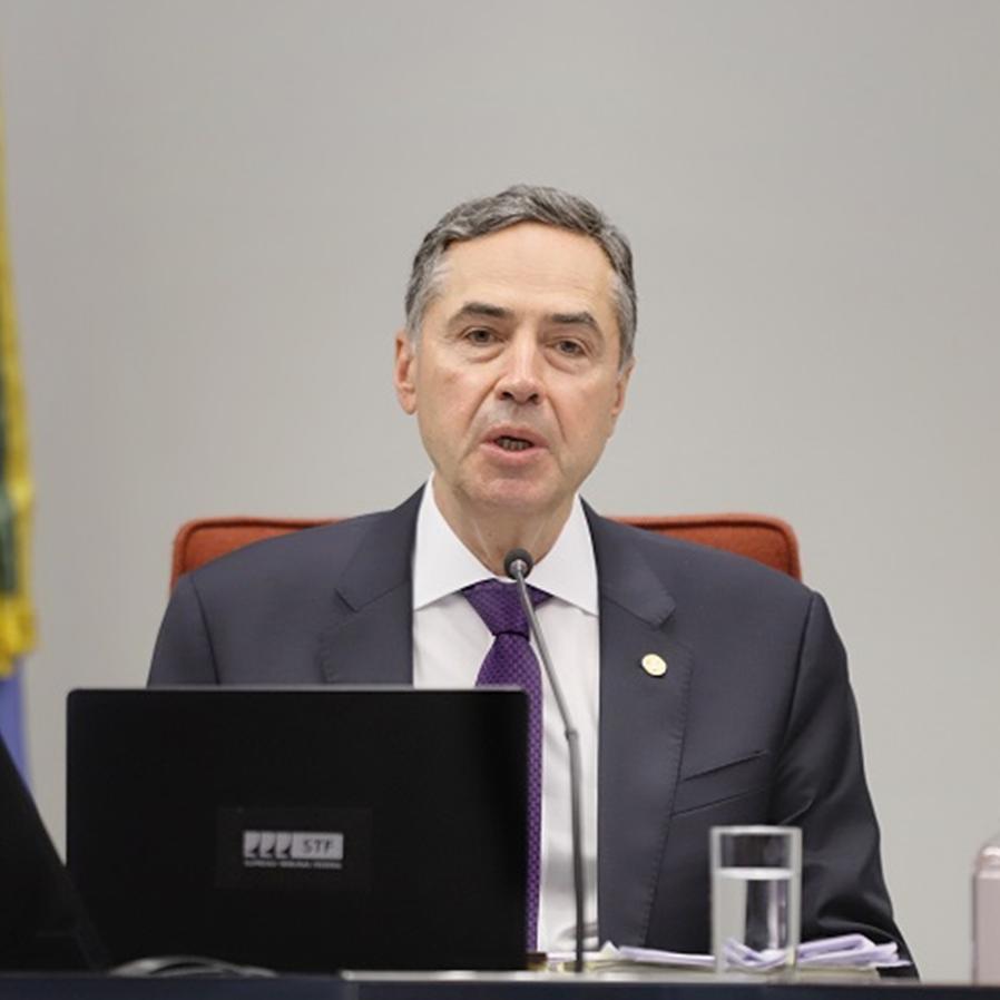 Barroso pede vista em discussão sobre fim do voto de qualidade do Carf