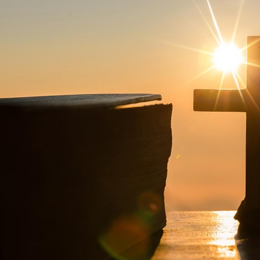 Justiça nega pedido de ateus para derrubar Praça da Bíblia em SC