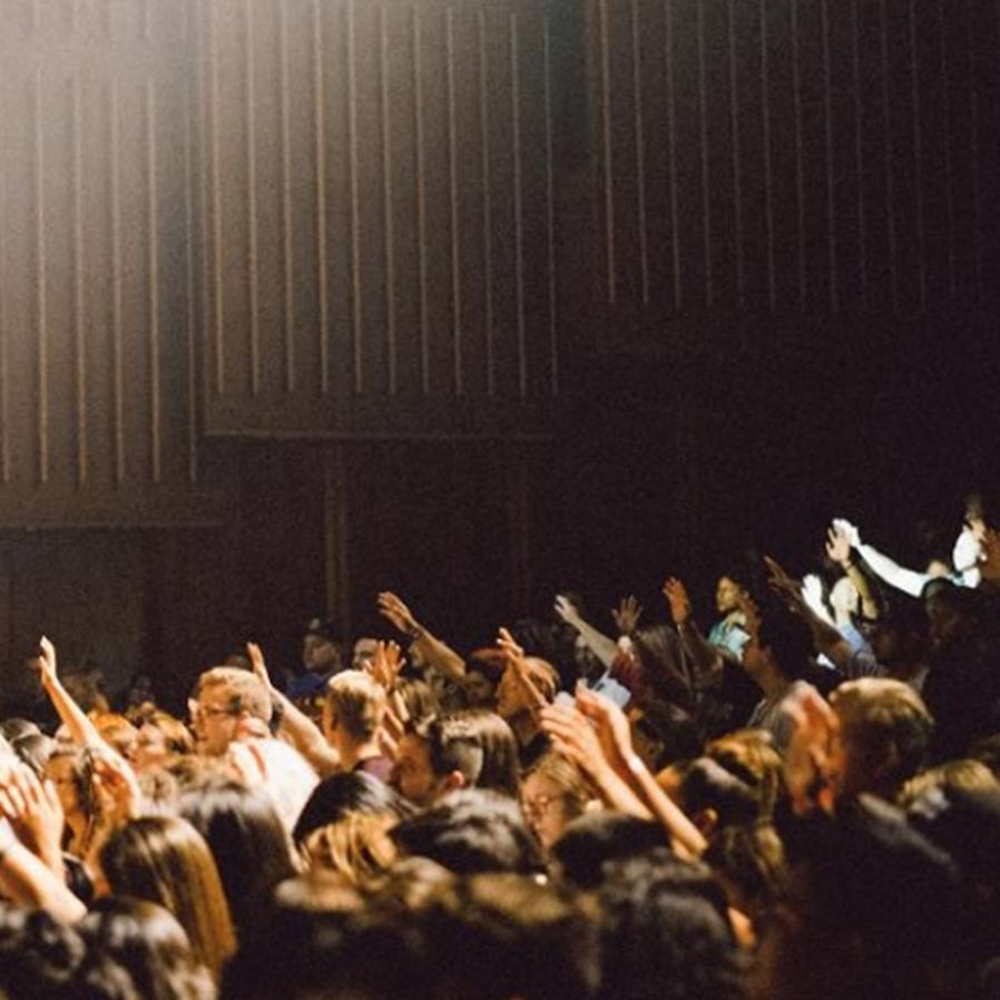 STF proíbe celebrações religiosas coletivas na pandemia