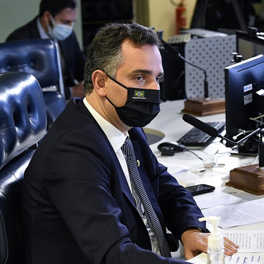 Rodrigo Pacheco oficializa instauração da CPI da Covid