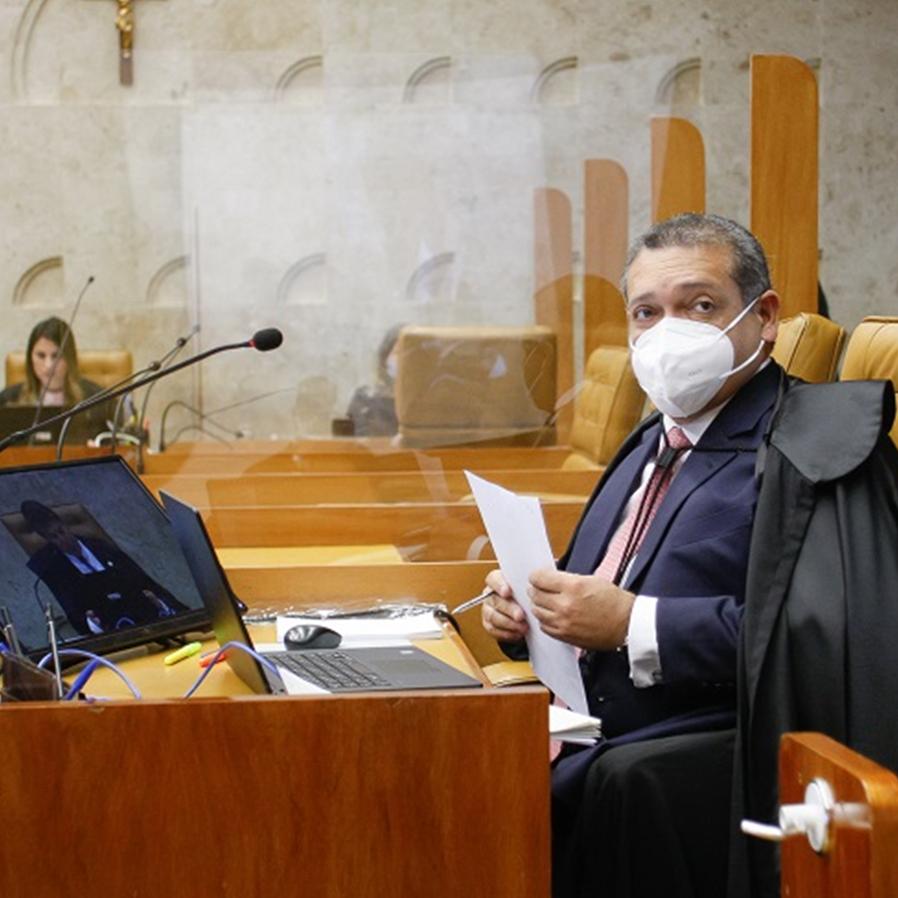 Nunes Marques nega pedido de impeachment de Gilmar Mendes