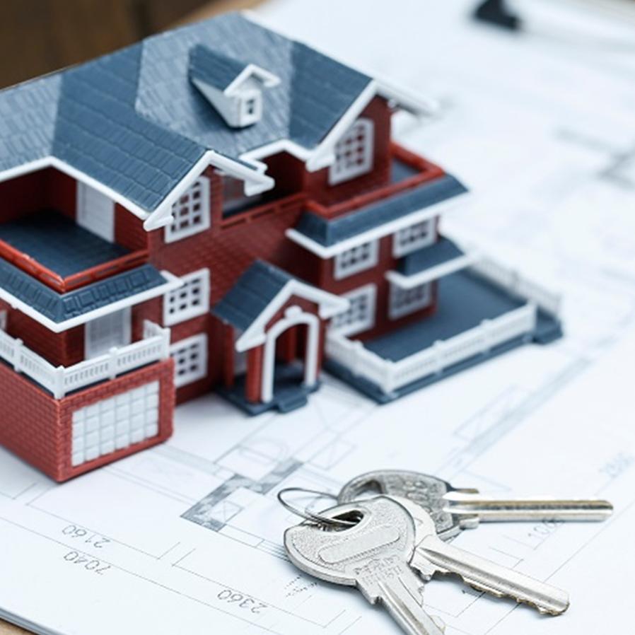 Rescisão contratual gera indenização e reembolso a comprador de imóvel