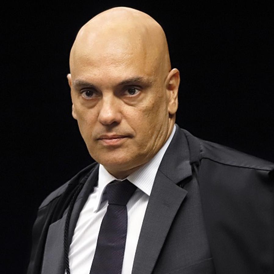 Moraes pede ao TSE informações sobre gastos com disparos de mensagens
