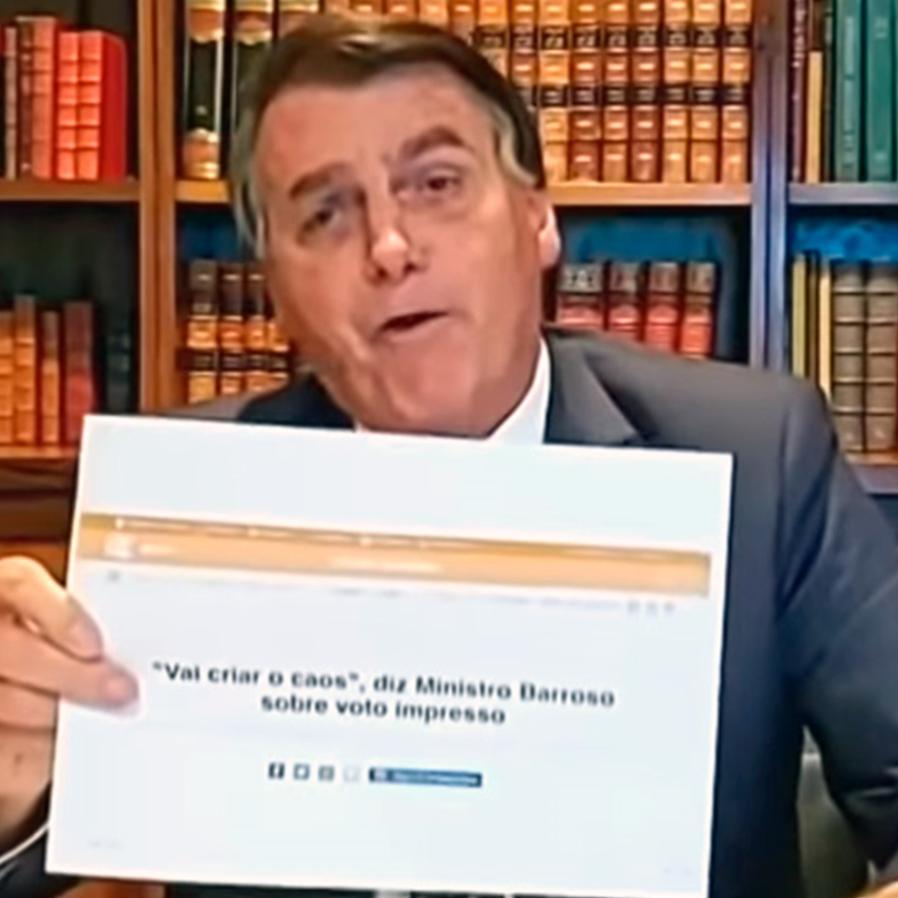 Bolsonaro defende voto impresso e dispara contra ministro Barroso