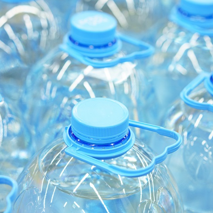 STF valida tributação sobre garrafas de água