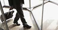 Portador de marca-passo não sofre constrangimento ao passar por detector de metais em banco