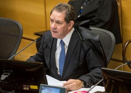 Ministro Noronha toma posse como novo corregedor nacional de Justiça