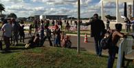 Indígenas protestam em frente ao STF