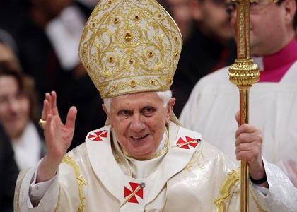 Papa Bento XVI renuncia ao pontificado