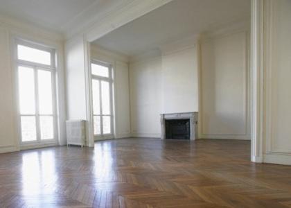 Morador nocivo para condomínio é proibido de habitar apartamento
