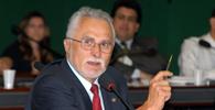 Joaquim Barbosa autoriza prisão domiciliar provisória a Genoino