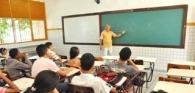 Lei de AL que obriga neutralidade na escola transfere responsabilidade da família ao Estado, afirma especialista